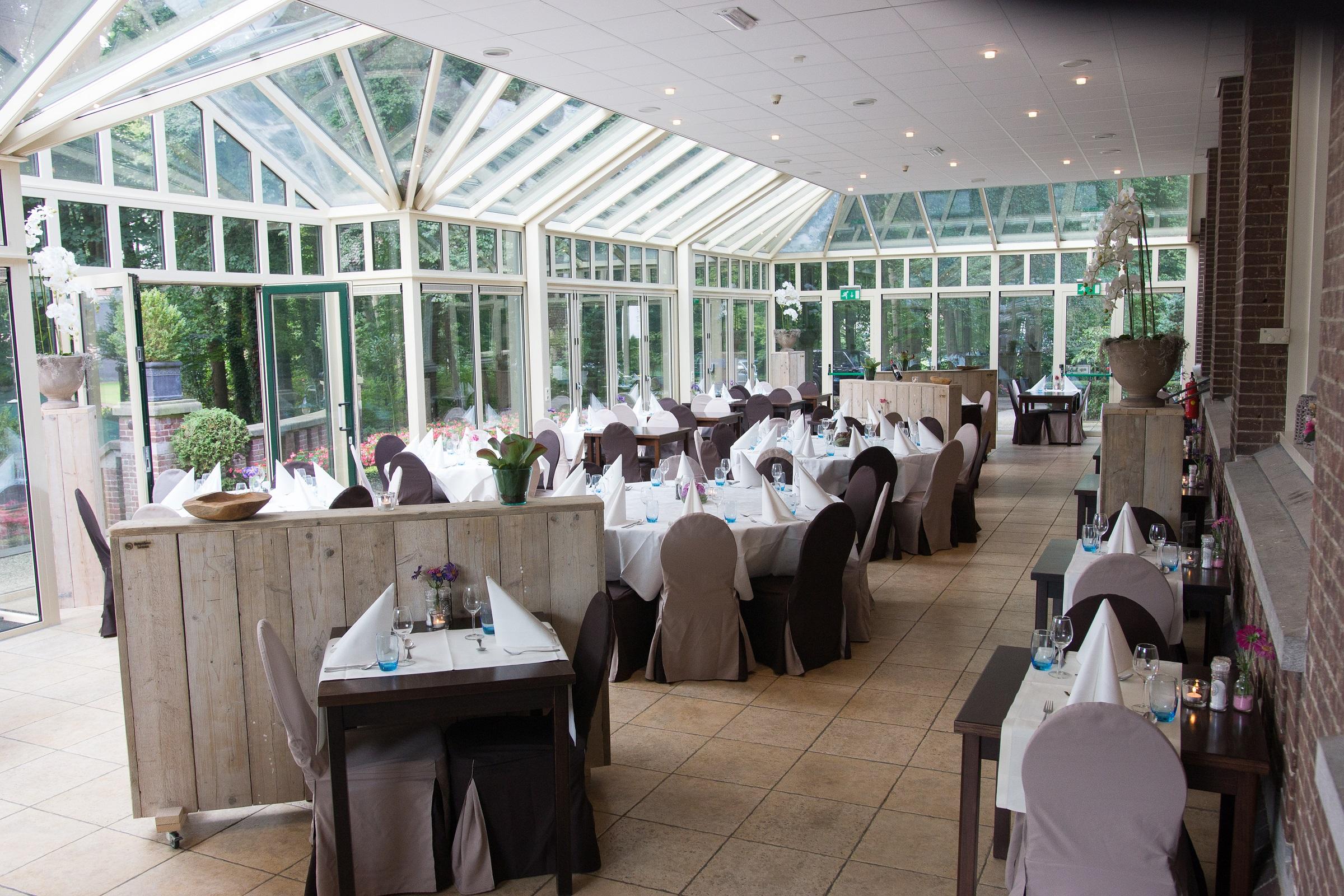 Serrerestaurant bij Landgoed Ehzerwold in Almen. Gelegen in de Achterhoek